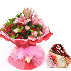 flowers and chocolat